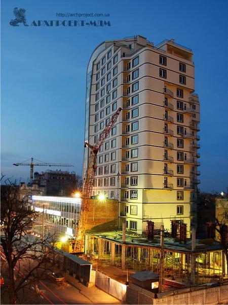 Житловий багатоквартирний будинок, вул. Мала арнаутська 105