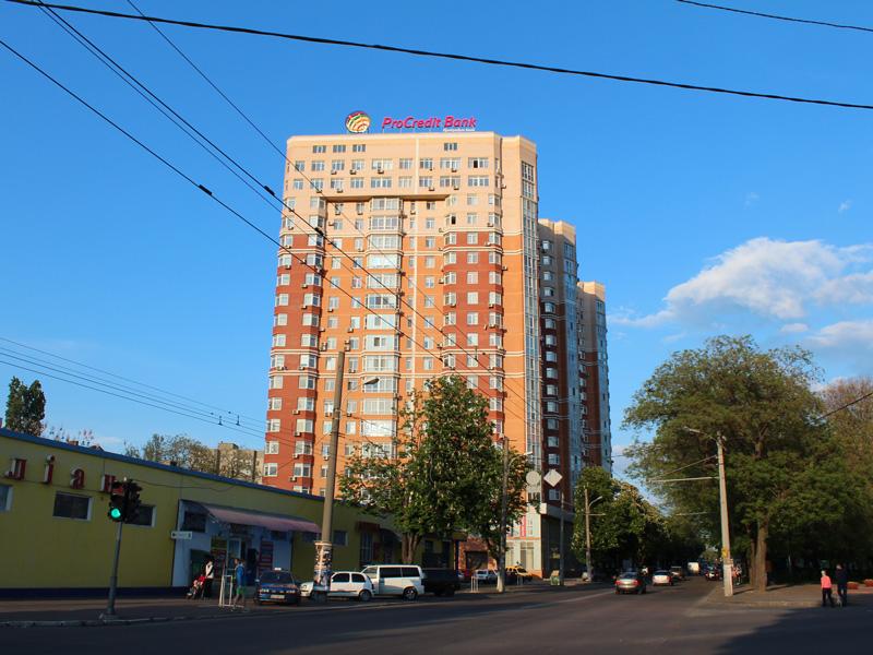 Residential building, st. Razumovskaya, 10/12