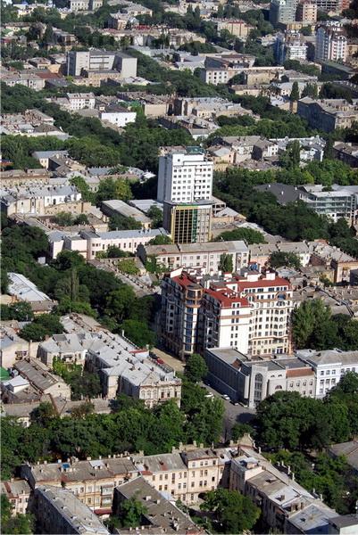 Житловий комплекс вул. Жуковського, 33